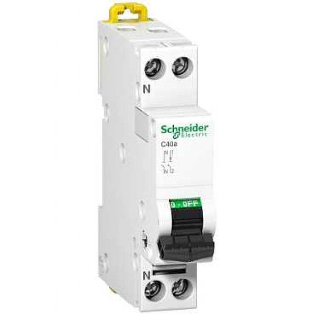 Interruttori Magnetotermici Schneider Electric A9N17509
