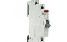 ABB Commutatore I-O-II 1P 16A 1/2 modulo