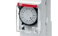 ABB Interruttore orario analogico giornaliero con riserva 2 moduli