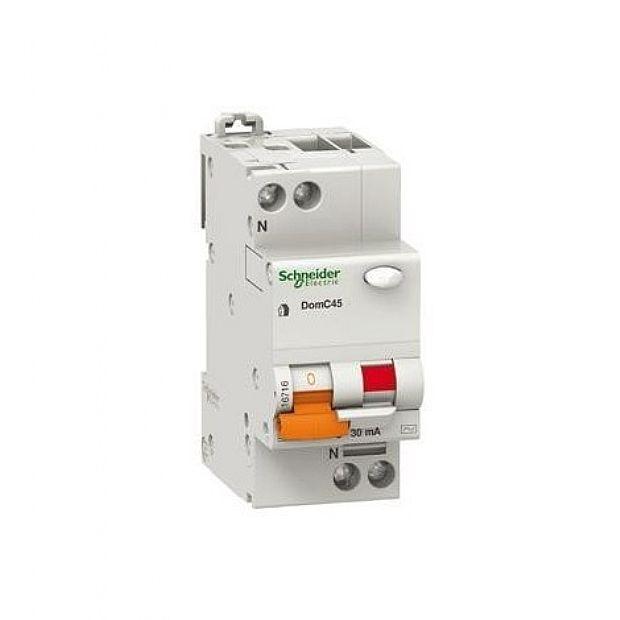 Interruttori Magnetotermici Schneider Electric DOMC45C2530C