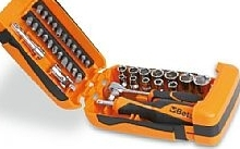 Beta Assortimento  11 chiavi a bussola esagonali, 21 inserti per avvitatori