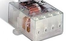 Perry Electric Relè impulsi elettromeccanico con predisposizione condensatore 230V c.
